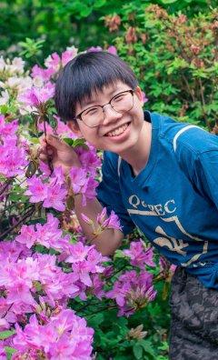 Xuejing Huang